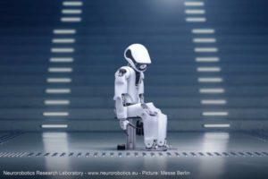 Myon: il robot cantante e attore teatrale