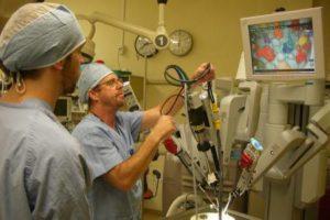 Robot da Vinci: primo tumore rimosso!