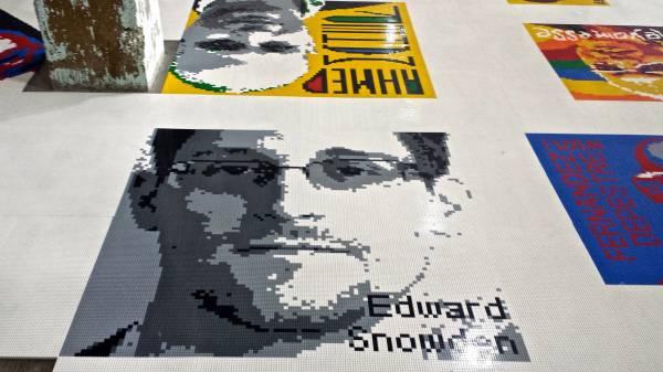 Edward Snowden in un'immagine