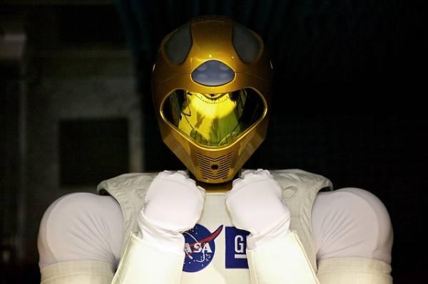 Un robot umanoide della NASA