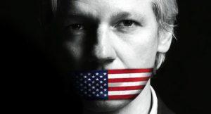 Assange sui rischi dei social media controllati dall'IA