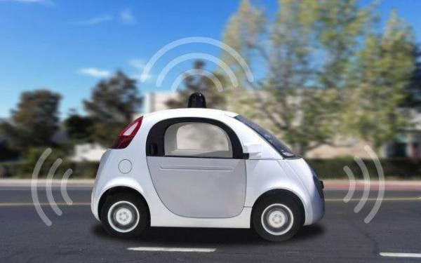 Concept di un veicolo autonomo su strada