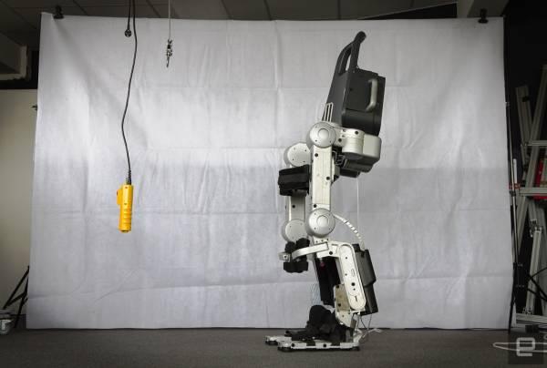 """""""Atalante"""", il prototipo di esoscheletro della Wandercraft"""